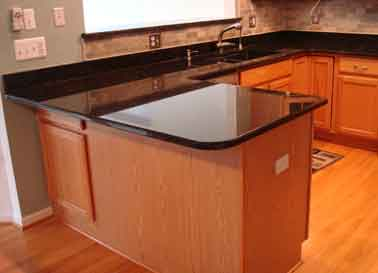 Use our service to receive kitchen granite, marble, honed granite or marble, faux granite, tile or any other solid surface countertop quotes from local contractors today.